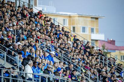 Pikkuhuuhkajien karsintaottelua ei pelata Raatissa: Oulun lentoasema ei täytä koronatilanteen vuoksi Uefan vaatimuksia, eikä Romania antanut erillistä hyväksyntää