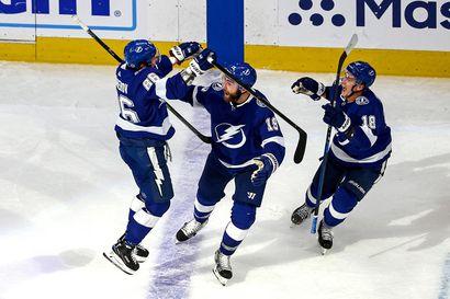 Tampan venäläistähti ampui voittomaalin viime sekunnilla – Leo Komarov palasi Islandersin kokoonpanoon
