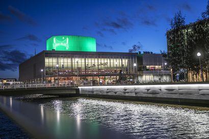 Ouluun ei kaavailla drive-in -äänestyspaikkoja kesäkuun kuntavaaleihin – ulkona sijaitsevaksi ennakkoäänestyspaikaksi esitetään kaupunginteatterin edustaa