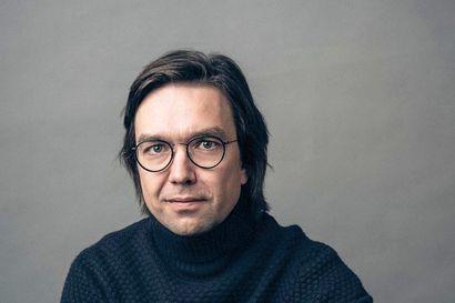 Arvio: Risto Oikarinen antaa toisessa romaanissaan puheenvuoron kuvitteelliselle naispiispalle
