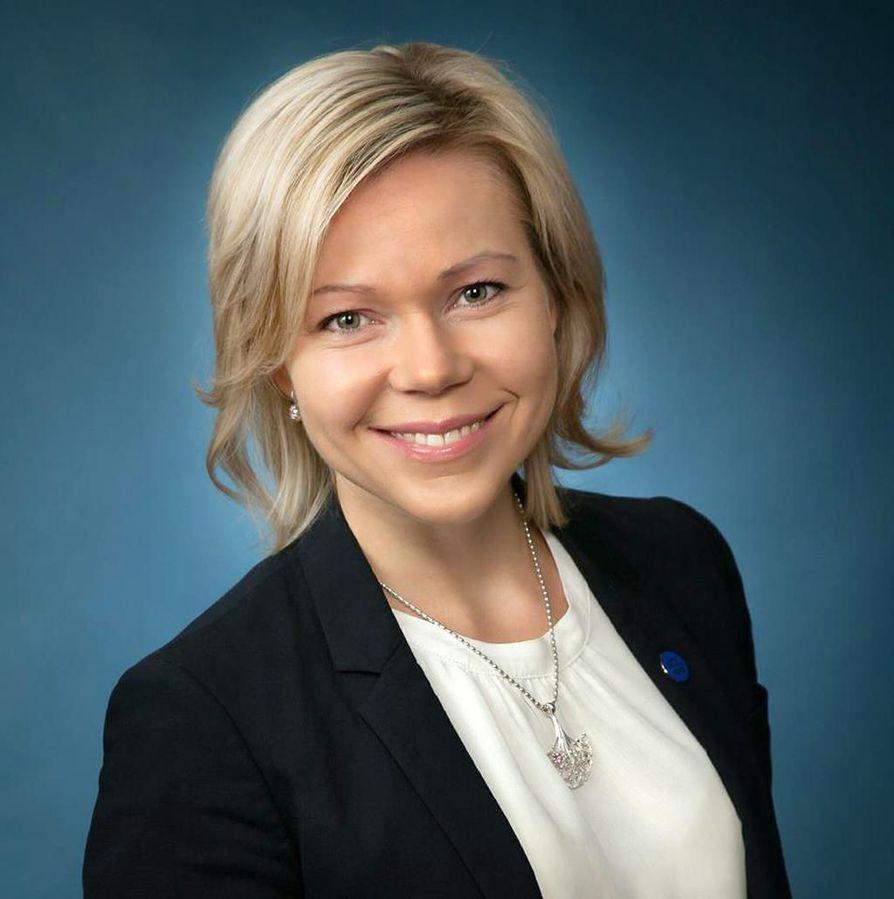 Tytti Määttä on Kuhmon kaupunginjohtaja.