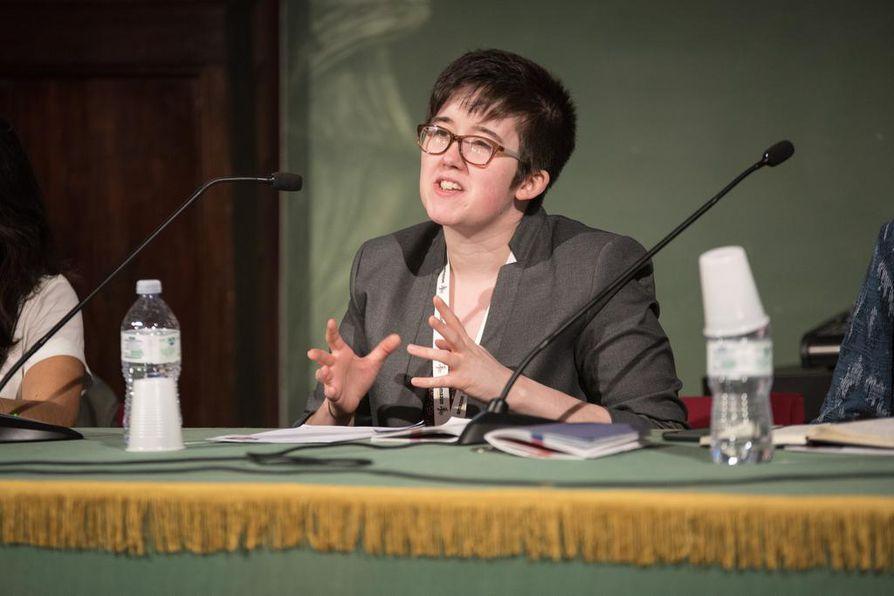 Lyra McKeetä, 29, pidettiin lahjakkaana toimittajana. Hänet surmattiin viime torstaina Pohjois-Irlannissa.