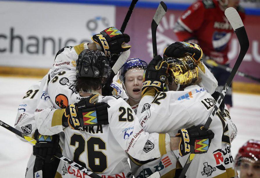 Kärpät - HIFK, 1. välierä. 2-2