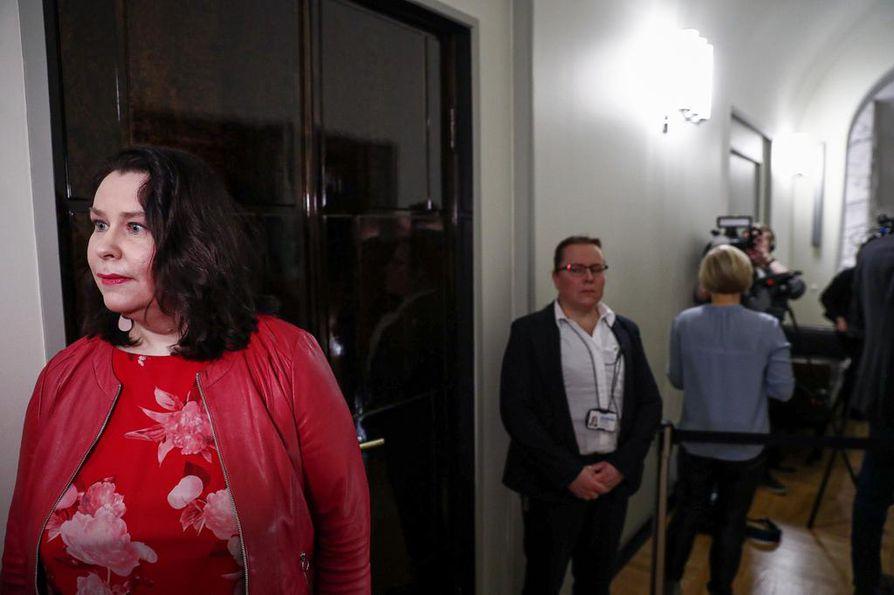 Perustuslakivaliokunnan puheenjohtajan Johanna Ojala-Niemelän mukaan ministerivastuuasian vakavuus näkyy valiokunnan kuulemisissa.