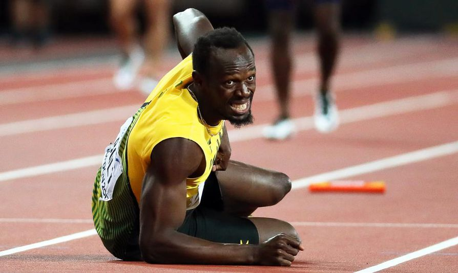 Bolt loukkasi jalkansa viestin viimeisellä osuudella.