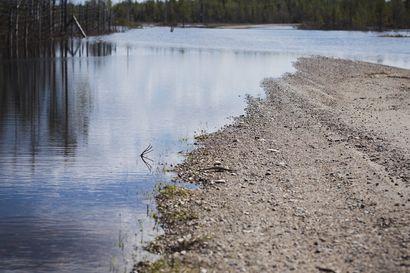 Keskustassa vettä kellarissa, Itä-Kuusamossa tie poikki – Koillismaan tulva on Kitka- ja Muojärveä lukuunottamatta laskussa