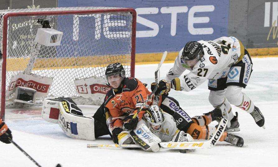 Liiga kokeilee uusia sääntötulkintoja kauteen valmistavissa otteluissa.