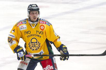 Kärpät karahti Kuopiossa - Et-Pon kasvatti Toni Koivisto pelasi uransa 900. liigaottelun