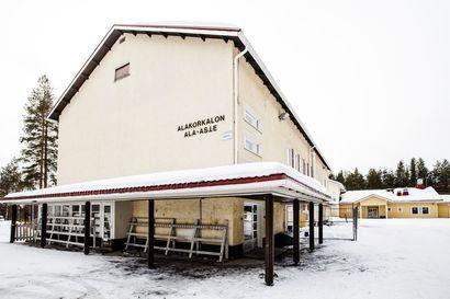 Suojellun koulun purkaminen lähellä toteutumistaan Rovaniemellä