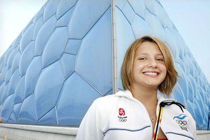 """Oululaisteini olympialaisissa – Noora Laukkasesta, 15, tuli vuonna 2008 Suomen historian nuorin olympiaurheilija: """"Olihan se melkoista hässäkkää"""""""