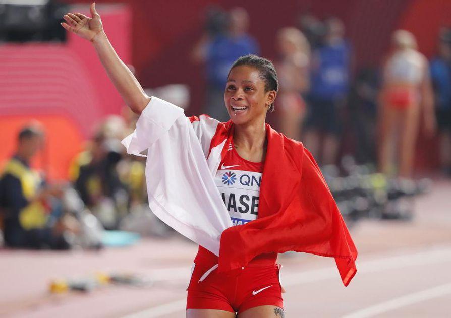 Salwa Eid Naser oli ällikällä lyöty kisan jälkeen. Maailmanmestarin ennätys parani Dohan illassa lähes sekunnin.