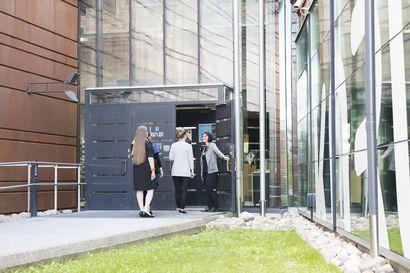 Rovaniemen taidemuseolle ja Lapin maakuntamuseolle avustuksia yhteensä 28 000 euroa – raha käytetään perusnäyttelyyn ja virtuaalivierailuun
