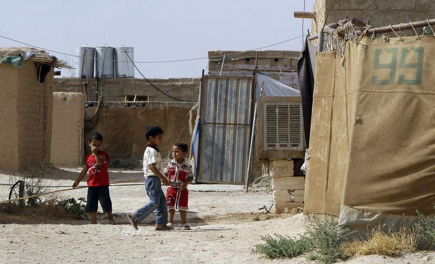 Al-Holin leirissä on tuhansia Isis-taistelijoiden vaimoja ja lapsia. Arkistokuva.