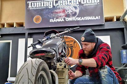 Tuning Center Oulun Henri Tiikkaja nauttii yrittäjän vapaudesta – yritykselle löytyivät tilat Ankkurilahdesta
