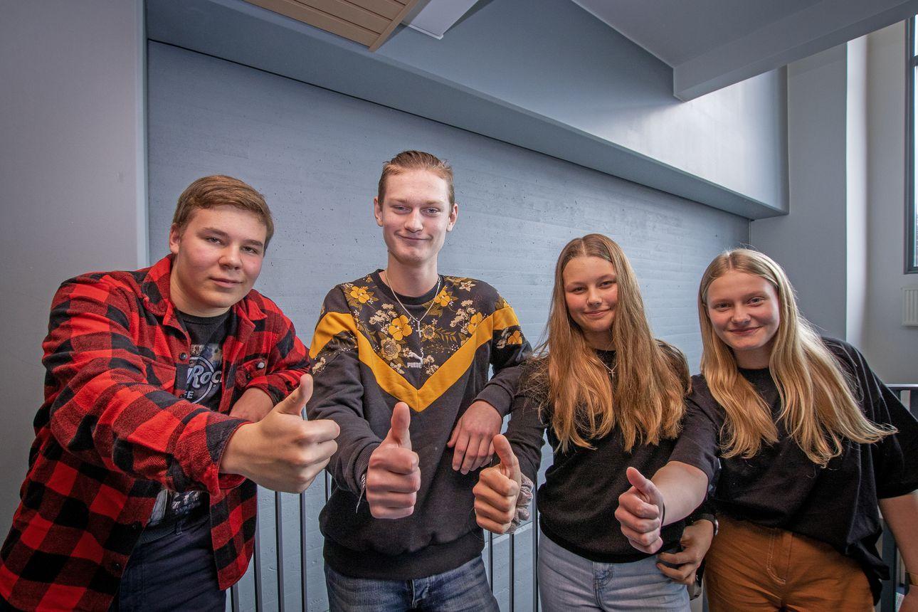 Kuuntele podcast! Tupoksen Pressiklubi aloitti uudella kokoonpanolla: 15-vuotiaat Benjamin, Selina, Juho ja Saana pohtivat koulukiusaamista, koronarajoituksia ja Yhdysvaltojen presidenttipeliä