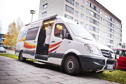"""Hyvinvointibussi Onni ei enää kierrä Rovaniemen kyliä – """"Liian kallis palvelu"""""""
