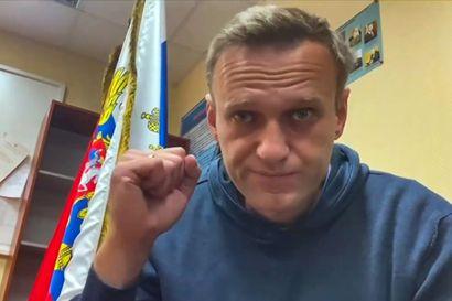 Navalnyi haastaa nyt Putinia rajusti jopa telkien takaa – kaduilla valtaa ei Venäjällä kuitenkaan vaihdeta