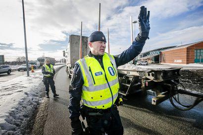 Huumeiden salakuljetus länsirajan yli ei tyrehdy matkustajaliikenteen mukana –  niukempi saatavuus voi kasvattaa väkivallan uhkaa käyttäjille, rikostilastoissa ei piikkiä