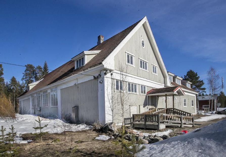 Iin Urheilijoiden talo, tutummin Rysä on vuonna 1923 rakennettu historiallinen maamiesseurantalo.