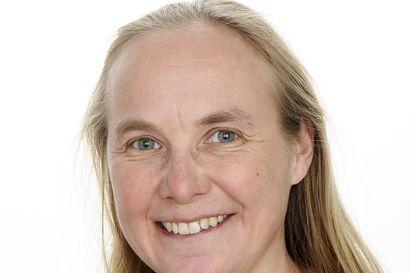 """Ponnista!, kannustaa Mira Sovijärvi: """"Koulutustarjonnan tulee vastata yritysmaailman tarpeita ja sen tulee olla tarpeeksi nopeaa ja ketterää, jotta uuteen alkuun pääsee ilman pitkällistä koulupenkin kuluttamista"""""""