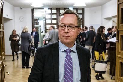 Ministeri Lintilä: Paikalliseen sopimiseen palataan jälleen
