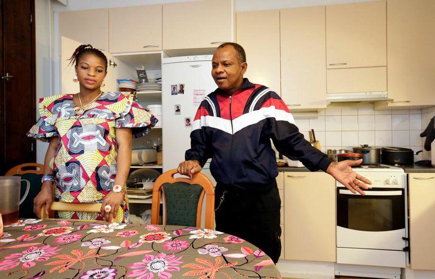 Kikanda Nyembo ja Anifa Zabulungu ovat asuneet Oulussa jo vuosia.