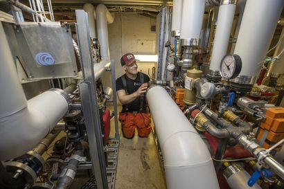 """Suihkuvedestäkin saadaan lämmitysenergiaa Kaukovainiolla – """"Siinä säästetään 20 prosenttia kustannuksista"""""""