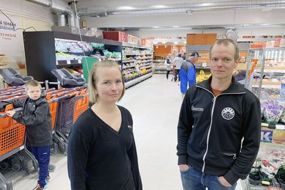 """Norjan ja Suomen välinen asiointiliikenne taas loppumassa – Sahausliike tympäsee kauppiasta: """"Mitä sitten tehdään jos tilanne jatkuu aina vain?"""""""