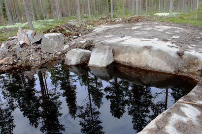 Alpuan mustaa kiveä aletaan louhia, toimintaluvan sai oulaistelainen OK Graniitti