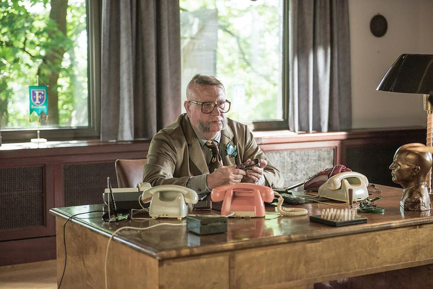 Matti Ristinen näyttelee Olen suomalainen -elokuvassa laulajalegenda Kari Tapiota.