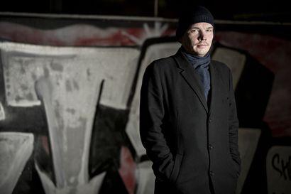"""Oululainen ex-uusnatsi Esa Holappa: Äärioikeistolainen liikehdintä on muuttumassa Suomessa väkivaltaisemmaksi – """"Isku demokratiaa kohtaan"""""""