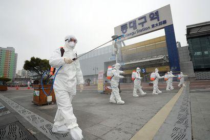 Koronavirus leviää uusiin maihin – epidemiapesäkkeet kasvavat Kiinan ulkopuolella, talouselämä kärsii