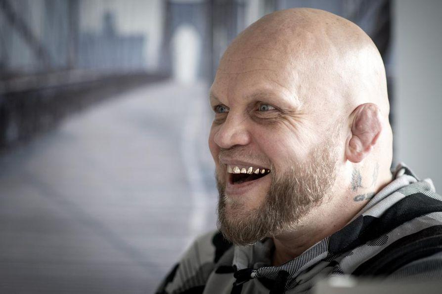 """Mika """"Immu"""" Ilmén kertoo, että suunnittelee tv-sarjaa ja uutta kirjaa."""