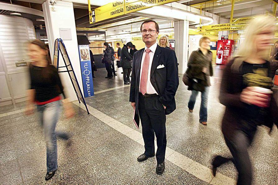 Lauri Lajunen kertoi toukokuussa, että ei hae enää Oulun yliopiston rehtoriksi.