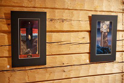 Maailmanlopun tarot heijastelee maapallon kohtaloa – taiteilija Veera Kaamos Pitkänen tekee kollaasitaidetta kierrätetyistä materiaaleista