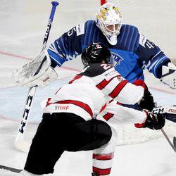 Kanada on jääkiekon maailmanmestari – Nick Paul ratkaisi voiton kanadalaisille jatkoerässä, katso videot