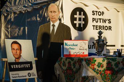 Kolmikosta jäi outo jälkimaku – Navalnyin räikeän kohtelun tuomitsemisessa ei pitäisi jättää sijaa epäröinnille