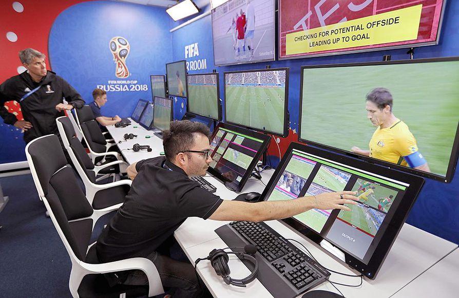 Videoteknologia on tullut jäädäkseen jalkapallon arvokisoihin.