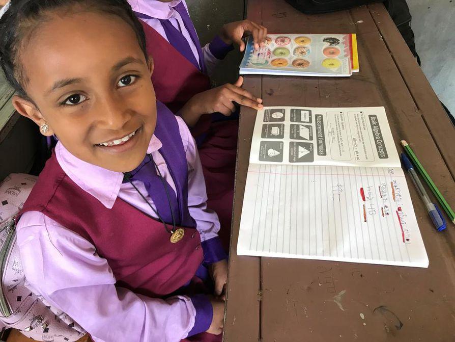 Lapset haaveilevat pitkistä opinnoista ja korkeasta koulutuksesta.