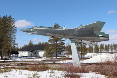 Jyrkkäkoski häädettiin Pudasjärven lentokentältä – Hirsikunnaan häädöstä haettu valituslupaa