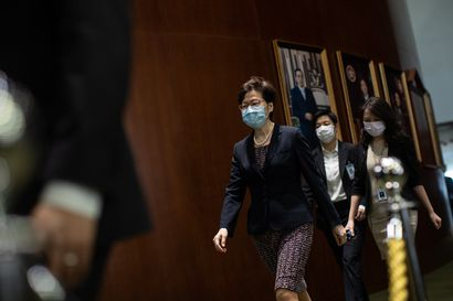 """""""He ovat kieltämättä hävinneet taistelunsa"""" – Demokraattinen oppositio jäähylle Hongkongissa, kun poliittista järjestelmää mullistetaan Kiinan alla"""