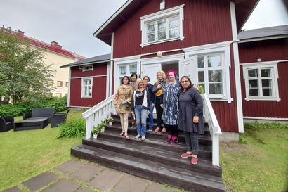 Monikulttuurinen festari esittelee tuotteita ja palveluita Lauri-talossa Rovaniemellä