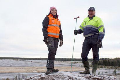 Viime kesänä turvesuot ohenivat ennätysvauhtia – reilu kolmasosa Toppilan voimalan turpeesta lähtee Pudasjärven soilta