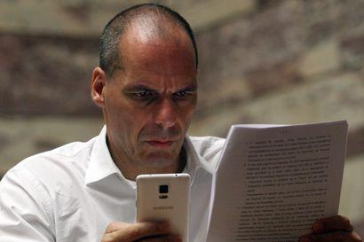 """Varoufakis BBC:lle – """"Lainoittajien ehdotukset Kreikan pelastamiseksi epäonnistuvat"""""""