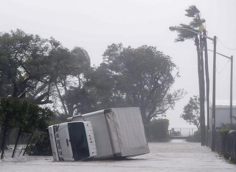 Irma riepotteli Miamia sunnuntaina.