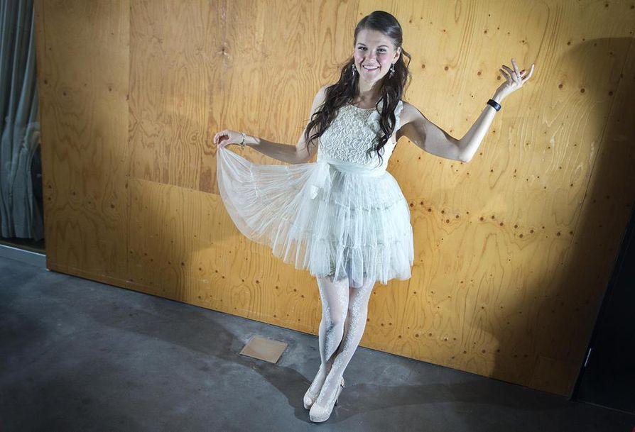 Britannian Dancing On Ice -ohjelmassa luistellut Aalto esiintyy MM-yleisölle parinsa Hamish Gamanin kanssa. Arkistokuva.