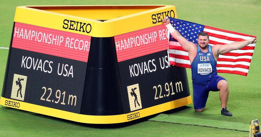 Yhdysvaltojen Joe Kovacs pukkasi ykköseksi kaikkien aikojen tasokkaimmassa kuulakisassa.