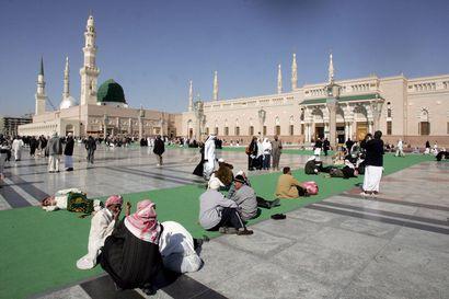 Ainakin 35 ulkomaalaista turistia kuoli bussiturmassa Saudi-Arabiassa