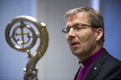 Piispa Jukka Keskitalolta kirja – Mukana ensimmäisen virkavuoden tekstejä ja kuulumisia