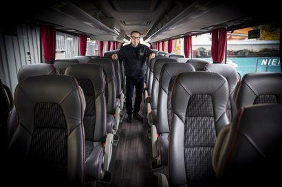 Korona vei ajot linja-autoyrittäjiltä – Tilausajoista häviää 60–70 prosenttia, jouluna vielä enemmän
